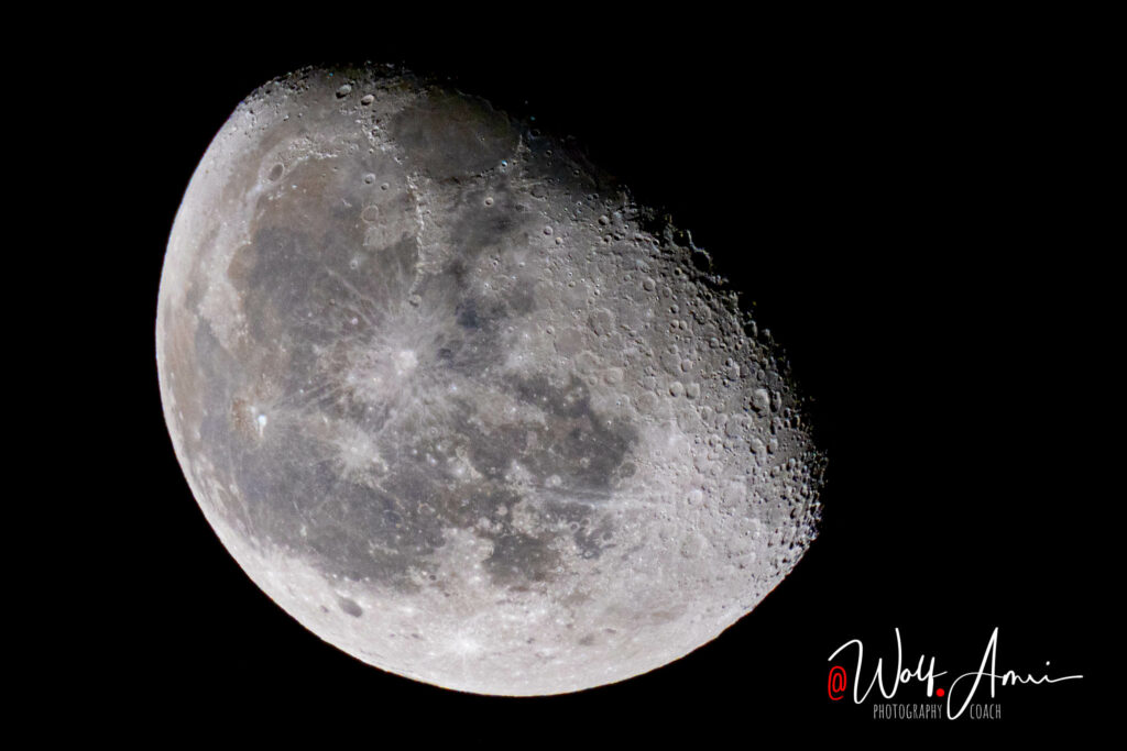 moon photography - with 1/100sec shutter speed